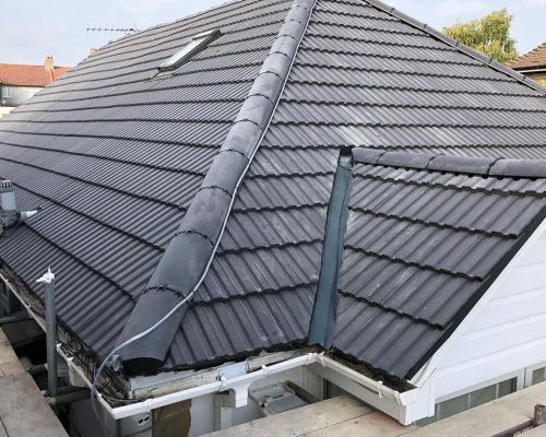 new tiled roof cousins